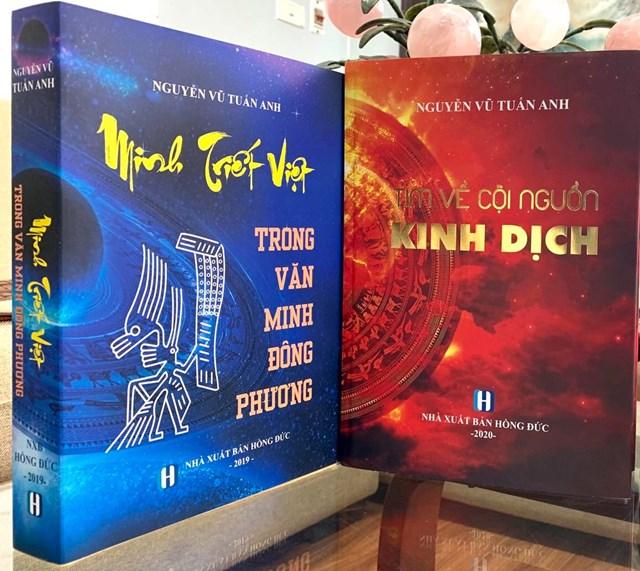 Trang bìa hai cuốn sáchTìm về cội nguồn Kinh dịch vàMinh triết Việt trong văn minh Đông phương.