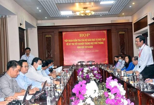 Đoàn công tác Bộ GDĐT làm việc ở Long An