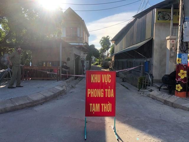 Khu phố 2, Phường Đông Giang, TP. Đông Hà một trong 3 khu vực phong tỏa tạm thời kể từ 15h hôm nay.