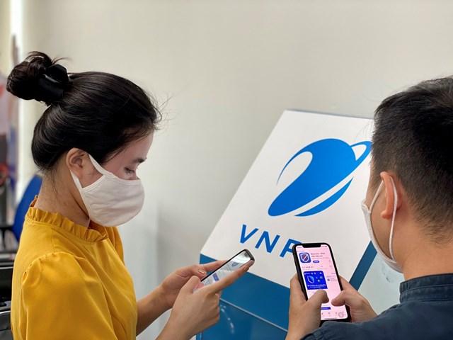 VNPT miễn cước truy cập, tặng data cho người cài ứng dụng Bluezone - Ảnh 1