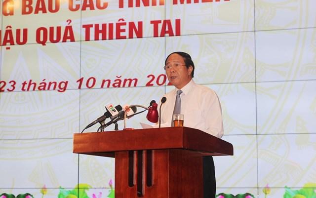 Bí thư Thành ủy, Chủ tịch HĐND thành phố Hải Phòng Lê Văn Thành phát động, kêu gọi các doanh nghiệp cùng chung tay giúp đỡ đồng bào miền Trung đang gặp khó khăn.