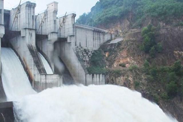 Trước tình hình mưa lớn kéo dài, thủy điện A Lưới được yêu cầu điều tiết xả nước về hạ du. Ảnh minh họa.