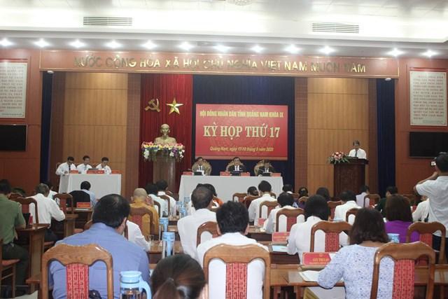 Quang cảnh kỳ họp HĐND lần thứ 17, khóa IX.