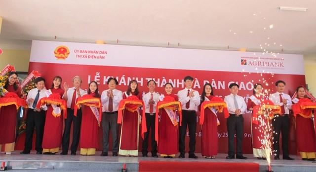 Lễ bàn giao Trường THCS Nguyễn Đức An.