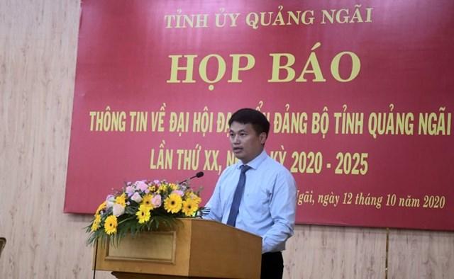 Ông Đặng Ngọc Huy, Phó Bí thư Thường trực Tỉnh ủy Quảng phát biểu tại buổi họp báo.