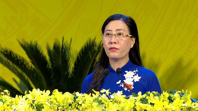 Bà Bùi Thị Quỳnh Vân, Bí thư Tỉnh ủy tỉnh Quảng Ngãi phát biểu khai mạc Đại hội.