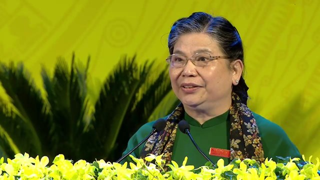 Bà Tòng Thị Phóng phát biểu chỉ đạo Đại hội.