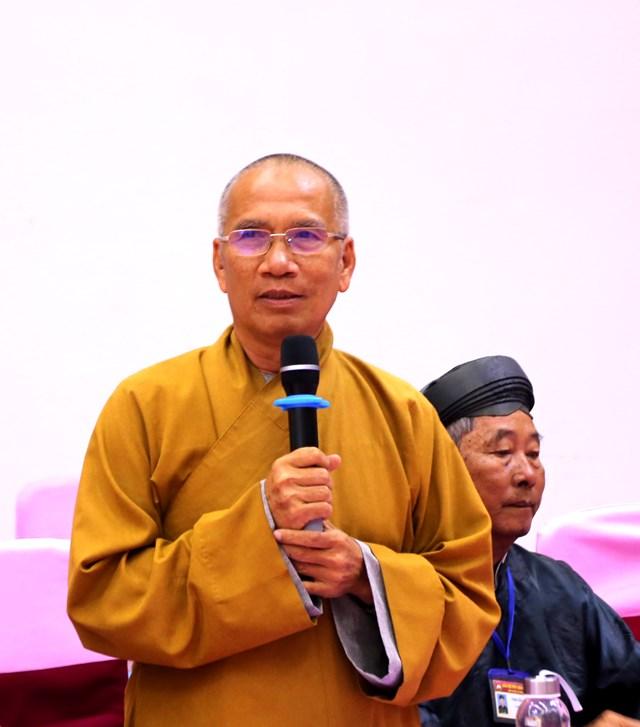 Thượng toạ Thích Minh Hạnh phát biểu