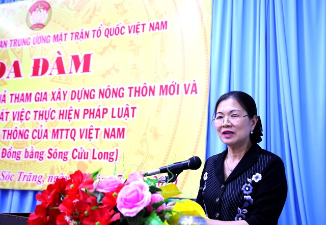 Phó Chủ tịch Trương Thị Ngọc Ánh phát biểu tại buổi toạ đàm.