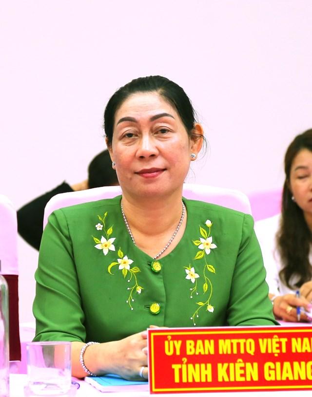 Bà Lê Thị Vệ, Chủ tịch UBMTTQ Việt Nam tỉnh Kiên Giang