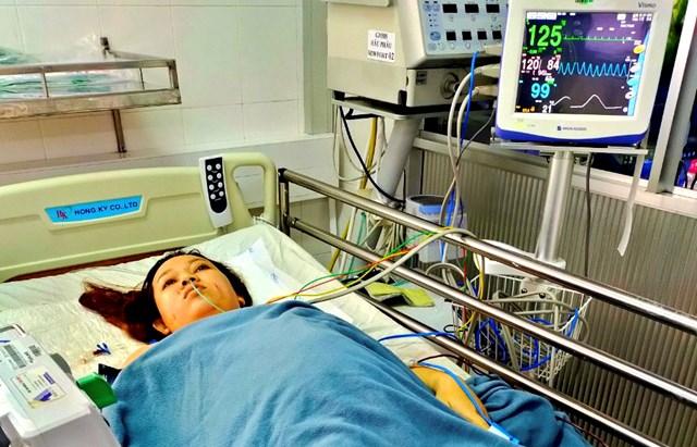 Bệnh nhân Chi đang được tích được chăm sóc, theo dõi.