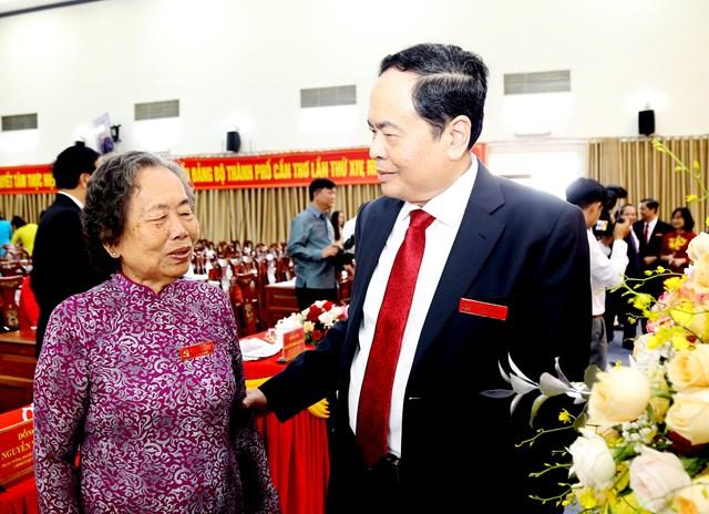 Chủ tịch Trần Thanh Mẫn gặp gỡ các lãnh đạo qua các thời kỳ.