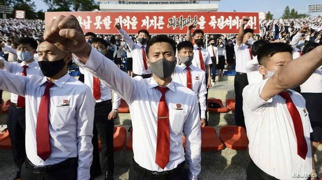 Triều Tiên cảnh báo đáp trả Hàn Quốc vì không ngăn được những người đào tẩu thả truyền đơn vào Triều Tiên. (Ảnh: Reuters).