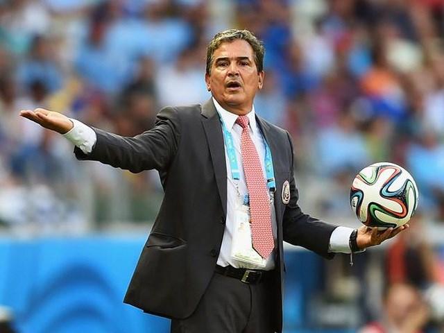 Liên đoàn bóng đá UAE sắp bổ nhiệm HLV Jorge Luis Pinto.