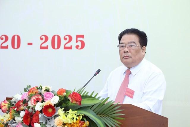 ông Sơn Minh Thắng, Ủy viên Trung ương Đảng, Bí thư Đảng ủy Khối các cơ quan Trung ương phát biểu tại Đại hội.