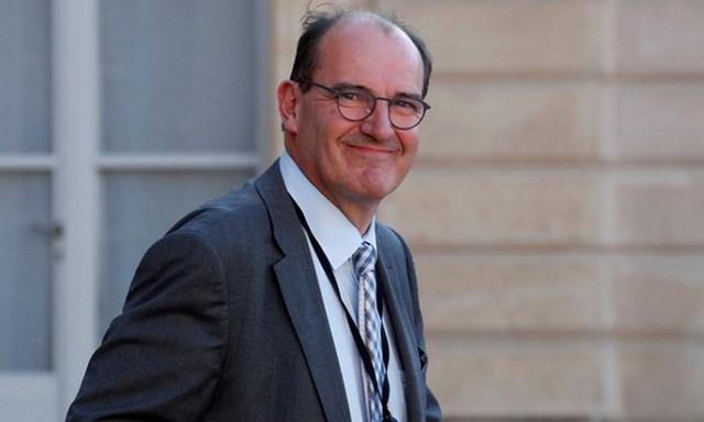 Jean Castex sau cuộc họp qua video với Tổng thống Pháp Emmanuel Macron và các thị trưởng bàn về biện pháp phong tỏa chống Covid-19 tại Điện Elysee, Paris, ngày 19/5. Ảnh: AFP.