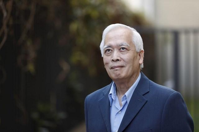 GS Trịnh Xuân Thuận .