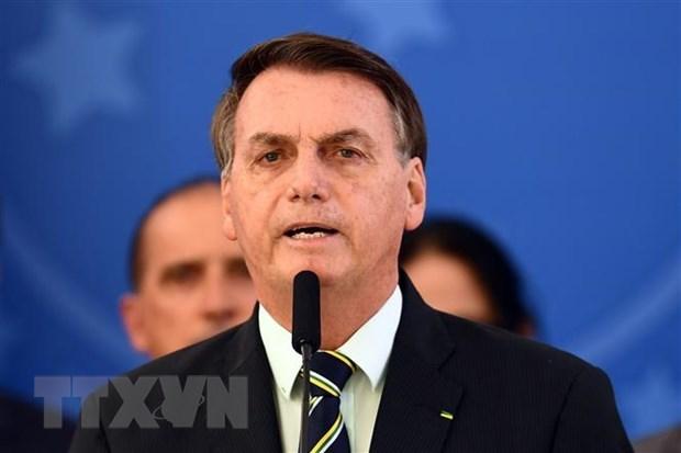 Tổng thống Brazil Jair Bolsonaro phát biểu tại cuộc họp báo ở Brasilia ngày 24/4/2020. (Ảnh: AFP/TTXVN).
