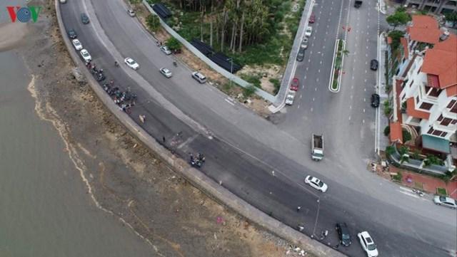 Khu vực xảy ra vụ tai nạn thuộc dự án mở rộng đường Trần Quốc Nghiễn, thành phố Hạ Long, tỉnh Quảng Ninh.