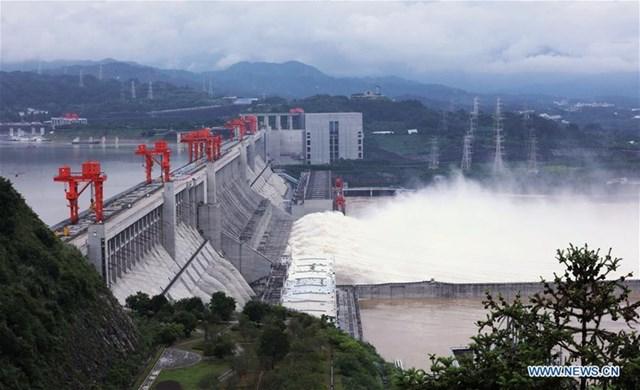 Trước đó mực nước cao nhất của hồ này là 163,11 m.