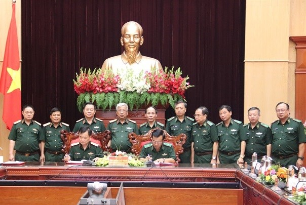 Bàn giao nhiệm vụ Tư lệnh Bộ đội Biên phòng.