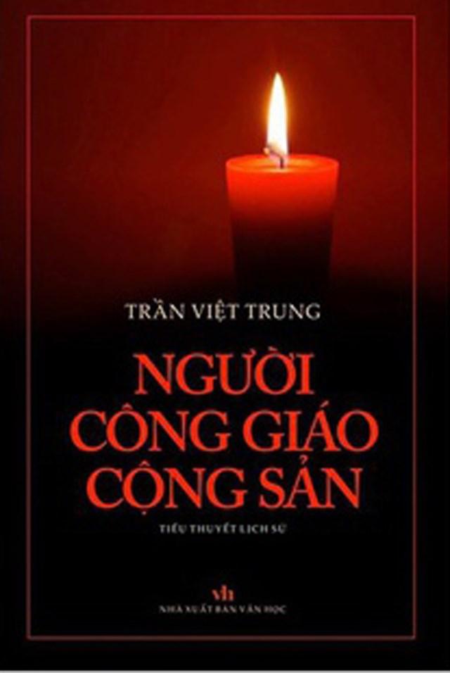 """Bìa cuốn """"Người Công giáo Cộng sản""""."""