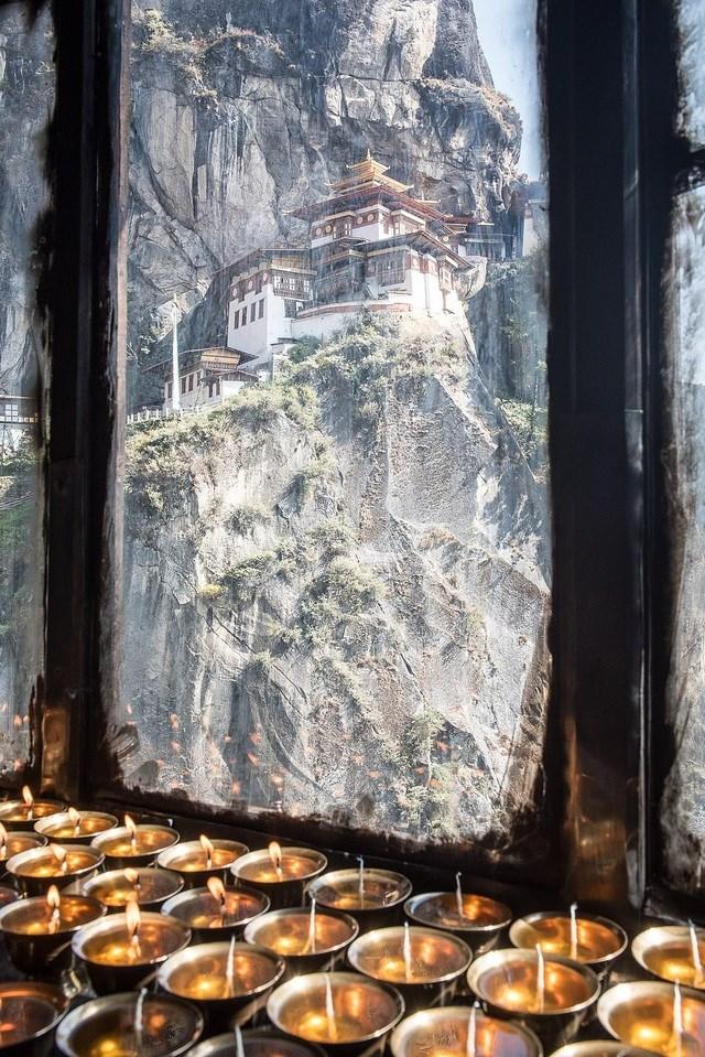 Tác giả Christian Sauter ghi lại khoảnh khắc tại Paro, Bhutan.