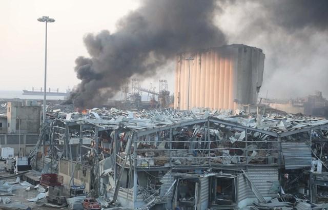 Khói bốc lên trong vụ nổ tại cảng Beirut, Liban, ngày 4/8. (Ảnh: THX/TTXVN).