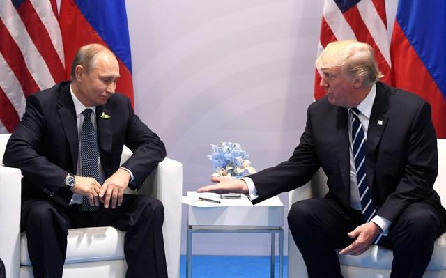 Tổng thống Putin và Tổng thống Trumpgặp nhau bên lề hội nghị G20 tại Đức năm 2017. Nguồn: AFP.