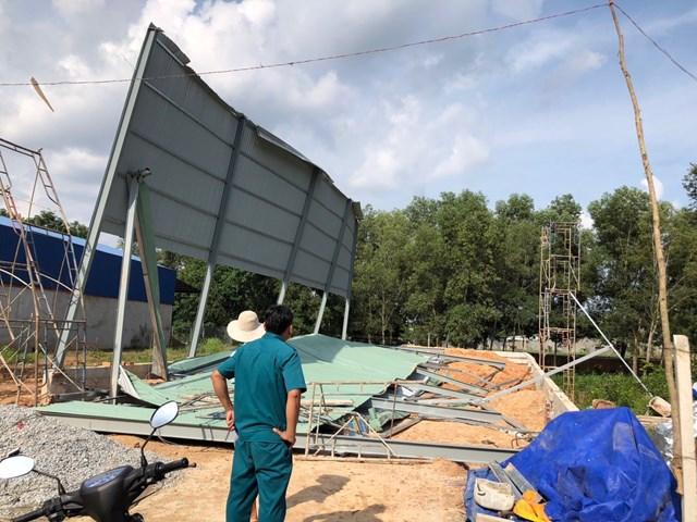 Hiện trường vụ tai nạn ở TX Tân Uyên.