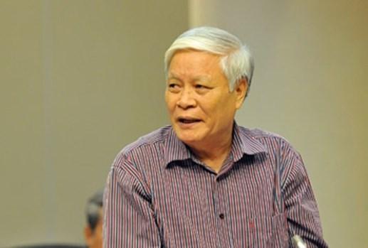 TS Nguyễn Viết Chức.