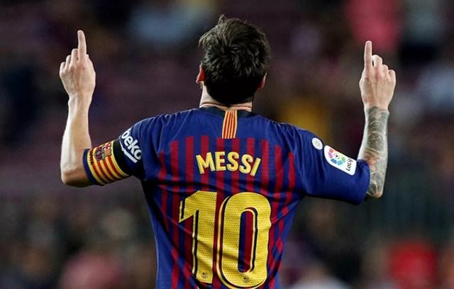 Messi ăn mừng khi lập một hat trick, ngày 18/8/2018.