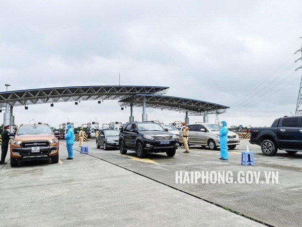 Chốt kiểm soát phòng, chống dịch Covid-19 liên ngành của thành phố tại phía sau Trạm thu phí đường cao tốc Hà Nội-Hải Phòng. (Nguồn: haiphong.gov.vn).