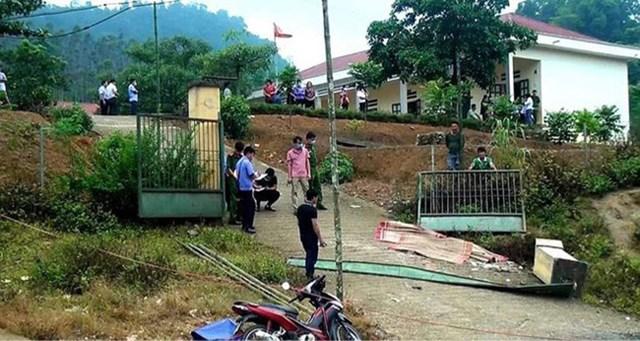 Hiện trường vụ tai nạn sập cổng trường ở Lào Cai khiến 3 học sinh tử vong hôm 7/9/2020.