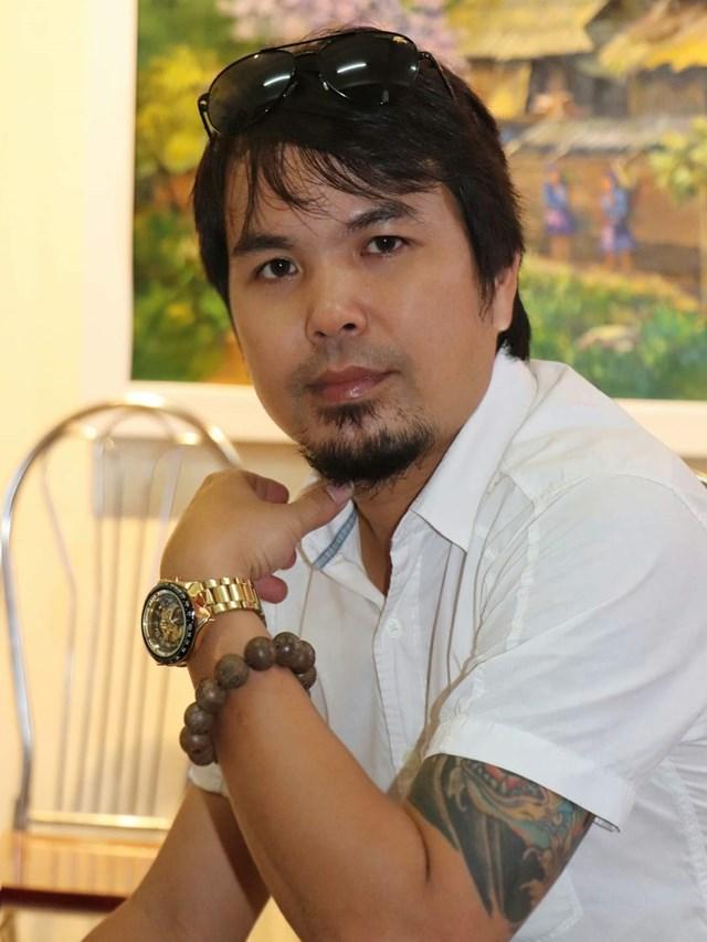Họa sĩ Lê Vinh.