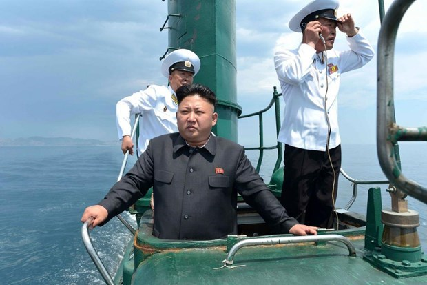 Chủ tịch Triều Tiên Kim Jong-un trong một chuyến thị sát đon vị tiền tuyến. (Ảnh: The National Interest).