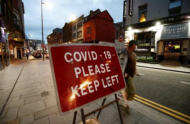 Liverpool, Vương quốc Anh với những hạn chế nghiêm ngặt do sự lây lan của Covid-19.