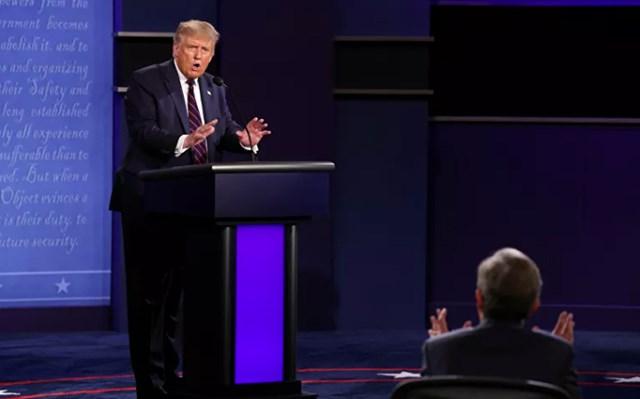 Tổng thống Trump cho rằng, phản ứng đối với Covid-19 của ông tốt hơn nhiều so với Biden trong thời gian xảy ra dịch cúm lợn ở Mỹ. Ảnh: Reuters.