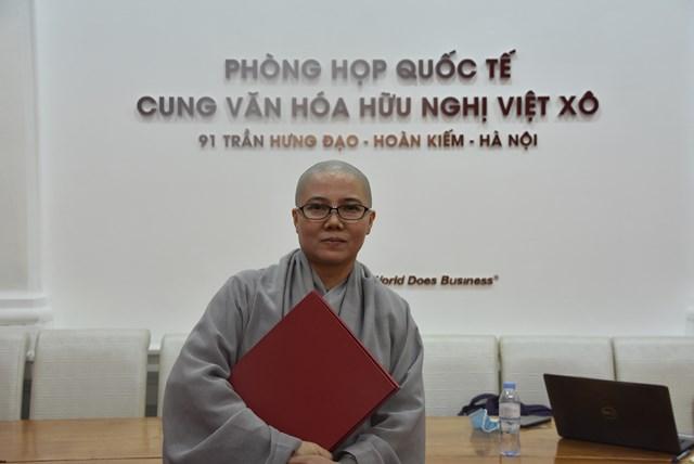 Sư cô Thích nữ giới Tánh, Giám đốc Trung tâm Văn hóa Việt Nam tại Hàn Quốc.