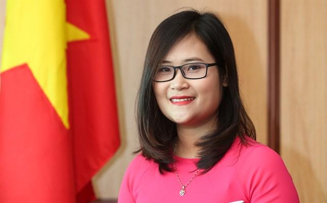Cô giáo Hà Ánh Phượng.