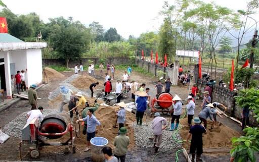 Thi đua xây dựng nông thôn mới ở thôn Thanh Tân, thị trấn Việt Quang, huyện Bắc Quang, tỉnh Hà Giang.