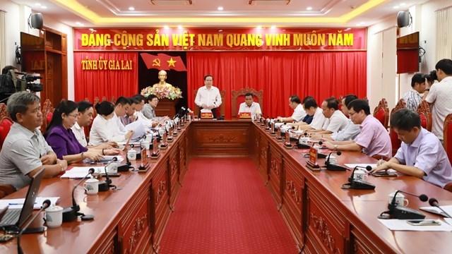 Quang cảnh buổi làm việc của Chủ tịch Trần Thanh Mẫn vớiBan Thường vụ Tỉnh ủy Gia Lai.