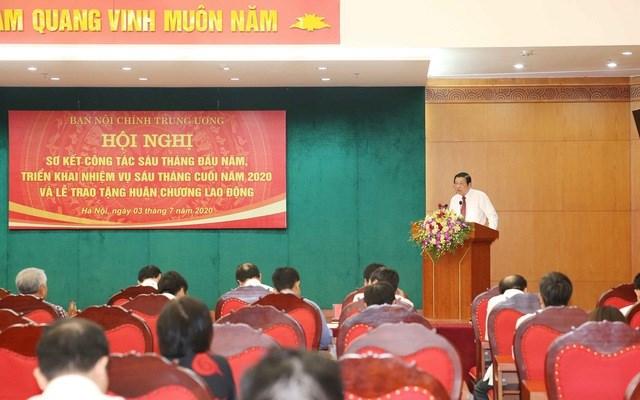 Ông Phan Đình Trạc, Trưởng Ban Nội chính Trung ương phát biểu tại Hội nghị. Ảnh: TTXVN.