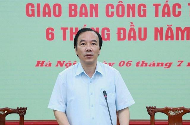 Phó Chủ tịch Ngô Sách Thực phát biểu tại hội nghị.Ảnh: Quang Vinh.