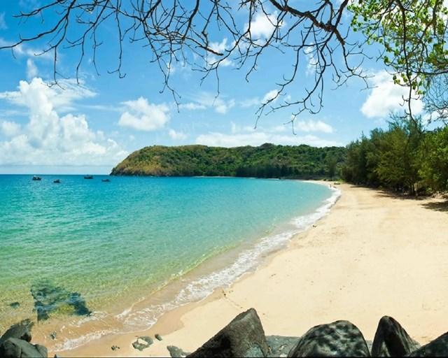 Trong những năm trở lại đây, Côn Đảo trở thành điểm đến hấp dẫn đối với du khách không chỉ trong và ngoài nước.
