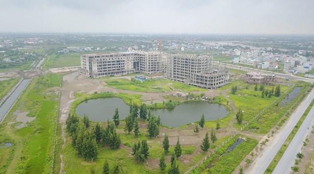Dự án Bệnh viện 700 giường (Nam Định) đầu tư dang dở, bỏ hoang đã hơn 10 năm.