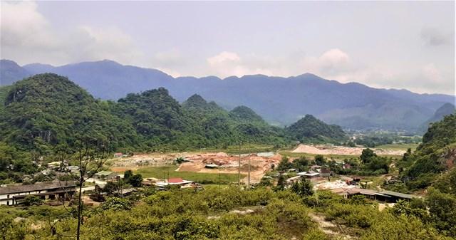 Việc khai thác quặng tại Châu Hồng kéo dài hơn 30 năm qua để lại nhiều hệ lụy.