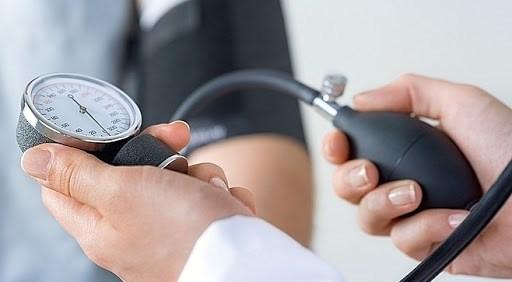 Cẩn trọng với đột quỵ do tăng huyết áp buổi sáng - Ảnh 1