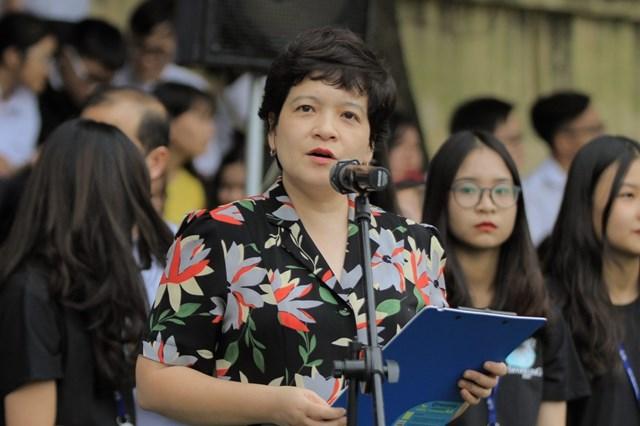 Bà Trần Thùy Dương.