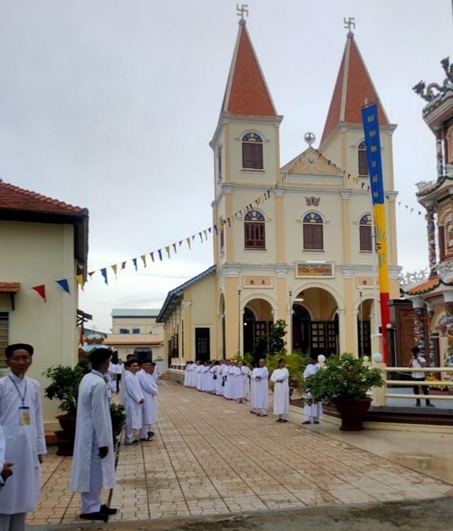 Quang cảnh Đại lễ sinh nhật Đức Giáo tông Nguyễn Ngọc Tương lần thứ 139.